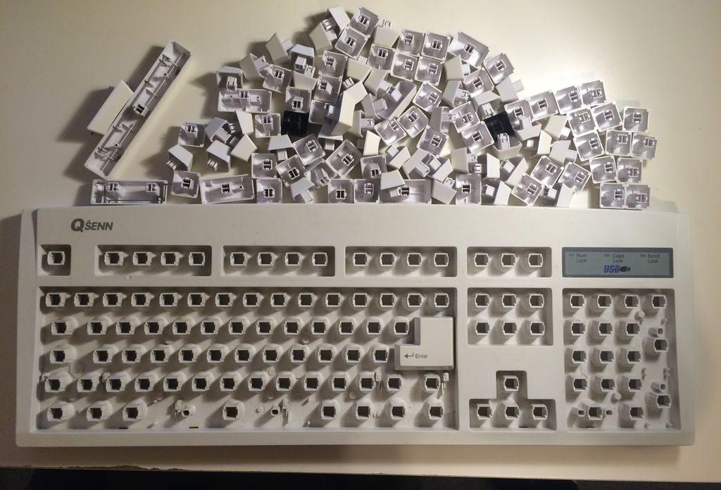 Как почистить клавиатуру: снятие клавиш
