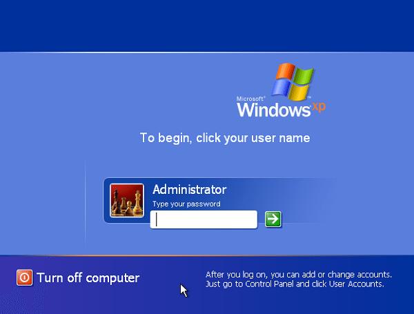 В безопасном режиме выбираем не защищеную паролем встроенную учетную запись Administrator