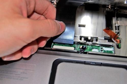 Рисунок 5. Как снять встроенную клавиатуру с ноутбука своими руками?